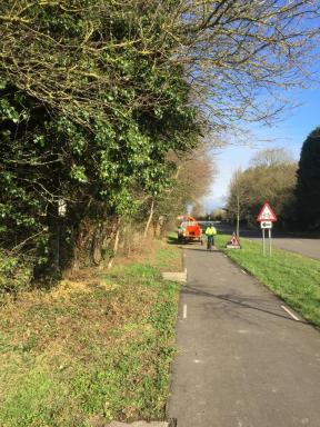Cycle path maintenance 1