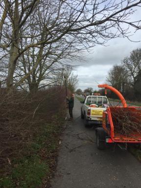 Cycle path maintenance 2